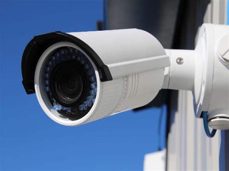 تركيب الكاميرات المراقبة